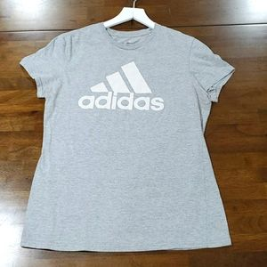 Adidas Fitted Tee size Large